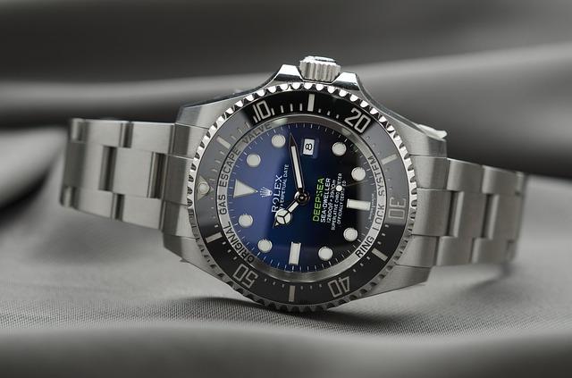 ocelové hodinky