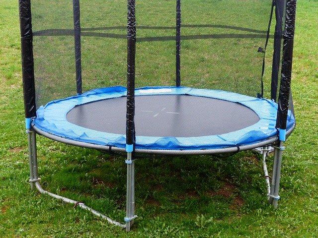 Náhradní díly na trampolínu